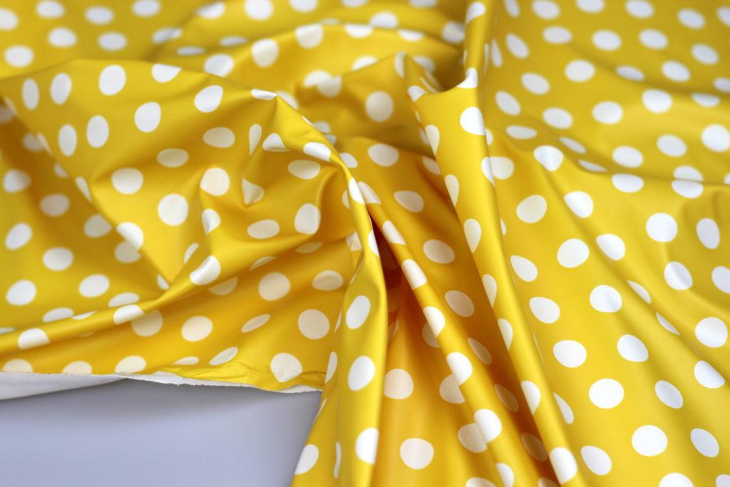 Yellow dots- waterafstotende stof